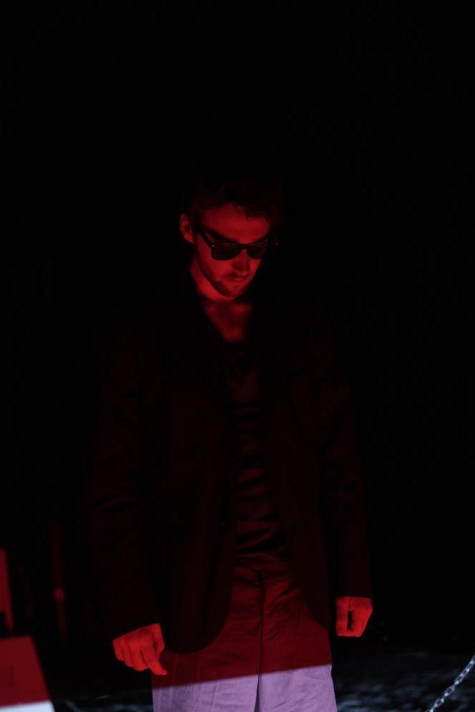 Tom Politano - Tire sur la lumière